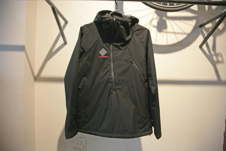 E3200229-1